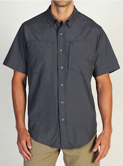 Mens short sleeve shirt small